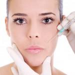injection-d'acide-hyaluronique-sur-le-visage